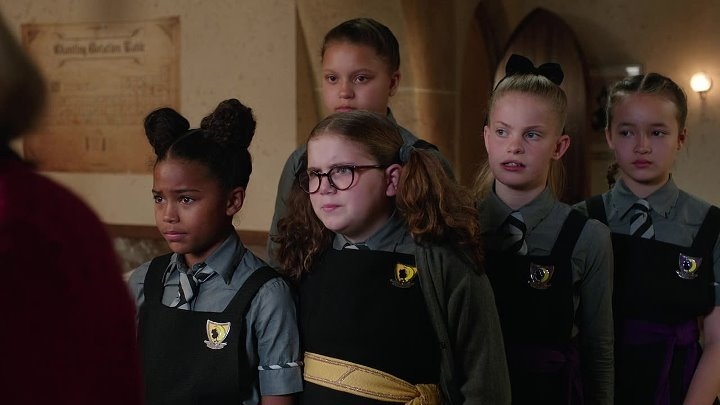 The.Worst.Witch.2017.S01E11.FRENCH.720p.WEB.x264-CiELOS-www.Film4KStream.com