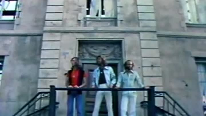Bee Gees - Stayin' Alive (1977)