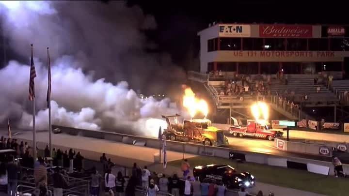 36 000 HP 'Shockwave' Top Fuel Jet Engine Truck