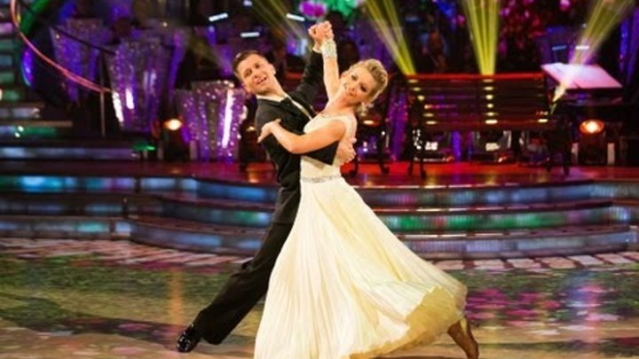 Rachel Riley & Pasha Waltz to 'When I Need You' - Strictly Come Dancing 2013 Week 1 - BBC One