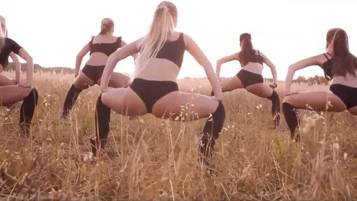 WIGGLE twerk video by FRAULES team (song Jason Derulo Wiggle) (1)