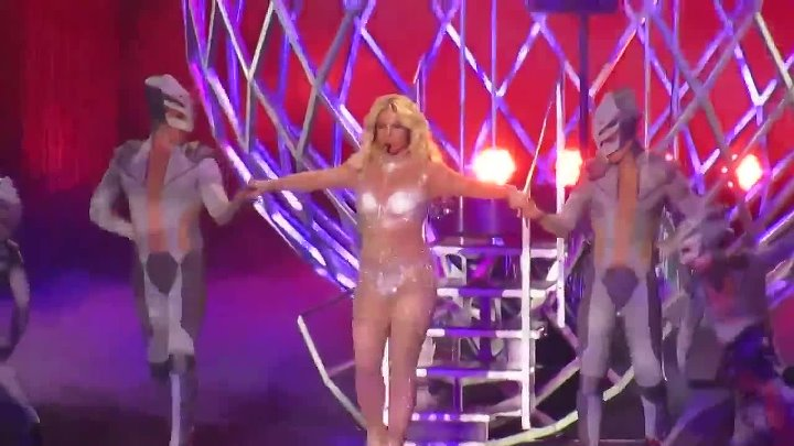 Britney Spears - Work Bitch (Live Piece of Me) 14 мая 2014