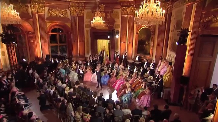 André Rieu - And The Waltz -cut