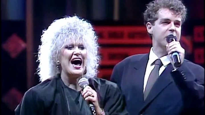 Pet Shop Boys & Dusty Springfield - What Have I Done To Deserve This? (1988)
