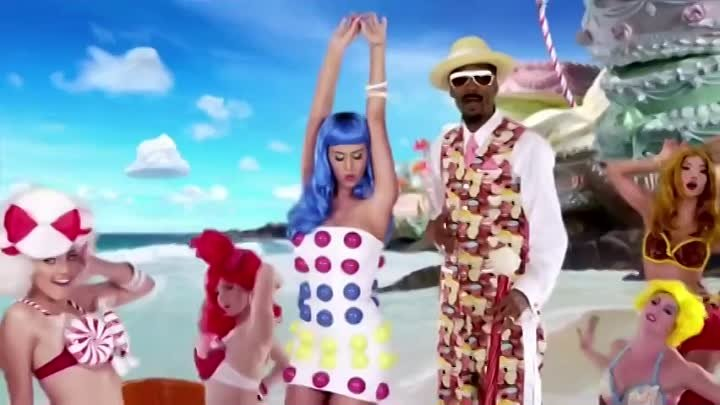 Katy Perry feat. Snoop Dogg - California Gurls (Retail DVD)