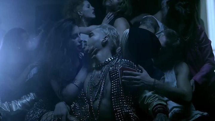 Tokio Hotel - Love Who Loves You Back (Official Music Video)