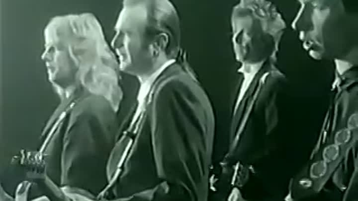 Status Quo-In The Army Now