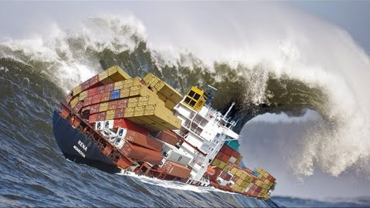TOP 20 SHIPS in STORM! Waves of monsters through the eyes of a sailor