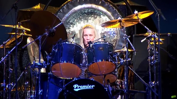 Nicko McBrain of Iron Maiden [Part 2] Live At Guitar Center's 20th Annual Drum-O
