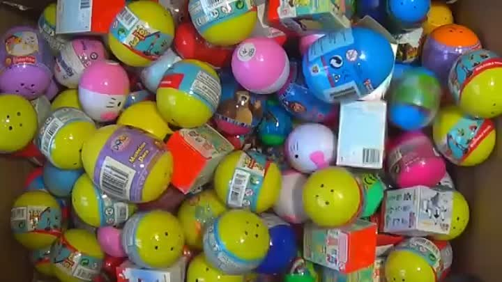 250 Kinder surprise and Surprise eggs!!! Cars THOMAS Spider Man TOY Story MARVEL Heroics HELLO KITTY