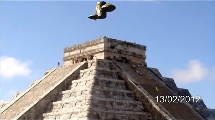 UFO - Spacecraft over Maya Temple