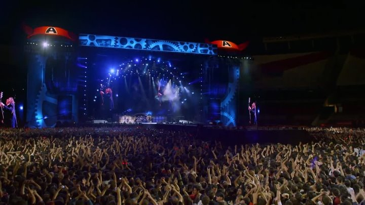 AC DC - Thunderstruck (from Live at River Plate)
