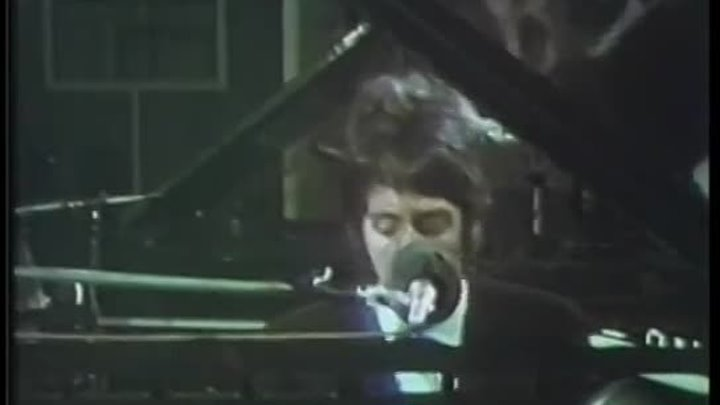 Paul McCartney - Sitting At The Piano - 1974