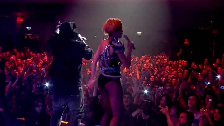 [1080p] Rihanna Rated R Launch Party Live Brixton Academy London 2009 (with Jay-Z and Jezzy) Full HD