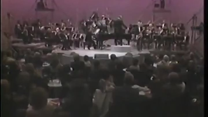 Henry Mancini live 'The Pink Panther Theme' with Don Menza sax solo