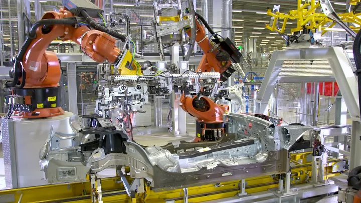 bmw manufacturing process essay The bmw as a manufacturing company marketing essay bmw realised the deficiencies of its planning process and on the production front, bmw.