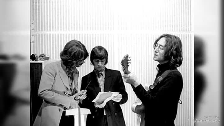 The Beatles - Mailman Bring Me No More Blues / Honey Pie/ I'd have You Anytime/ intro -1968