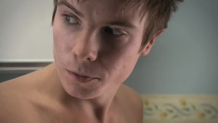 [WwW.VoirFilms.org]-pims-skins.s01e04.french-