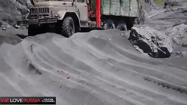 Compilation of Russian trucks in Extreme conditions #2 - Российские грузовики NEW 2014