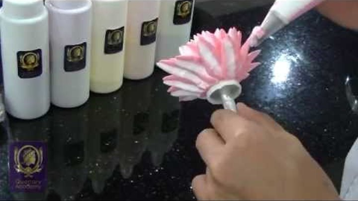 Quenary Academy Basic Piping Tutorial - How to create Cream Dahlia Flower