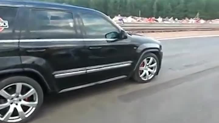 Jeep SRT-8 7L Vs Nissan GT-R Switzer (dragtimes.info).mp4
