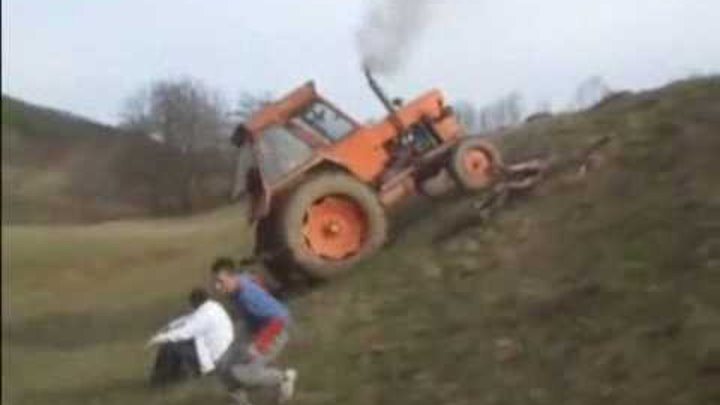 4star Watch Tractor Fail and Flip Over Crash Video Break.com.flv