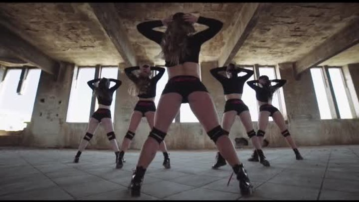 "SPANISH TWERK 2: ""REVOLUTION"""