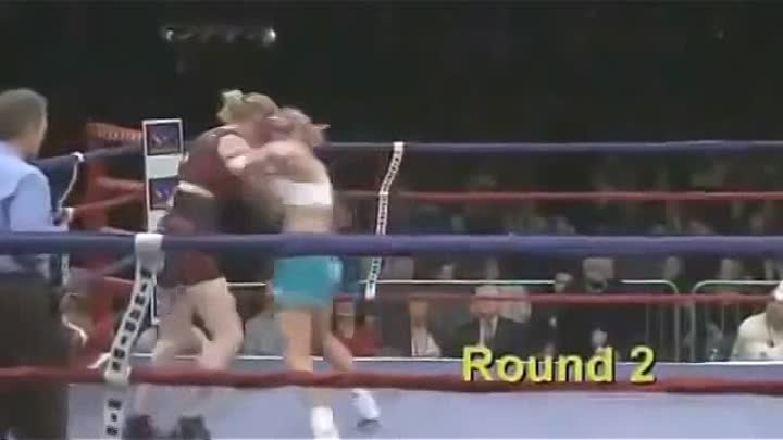 ЧемпионкаUFC Holly Holm vs Anne Sophie Mathis до боя с Роуз