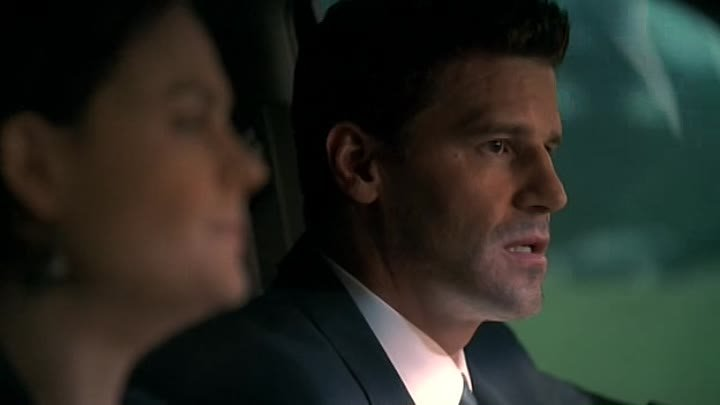 bones.s04e02.dvdrip.rus(tv3).eng_NewStudio.TV