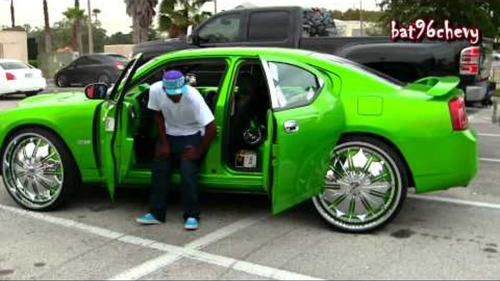 """Green Dodge Charger on 28"""" DUB Presidential Floaters - 1080p HD"""