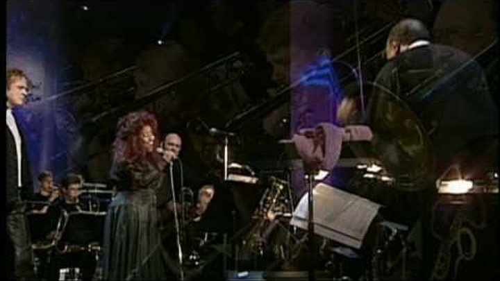 Quincy Jones, Chaka Khan & Simply Red live - Everything Must Change