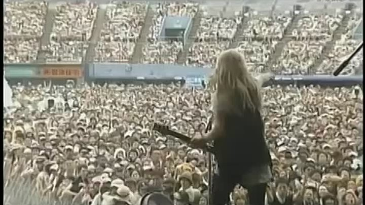 Orianthi ''Shut Up And Kiss Me'' Live at Summer Sonic Festival,Japan.
