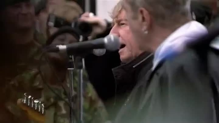 Status Quo 'In The Army Now (2010)'
