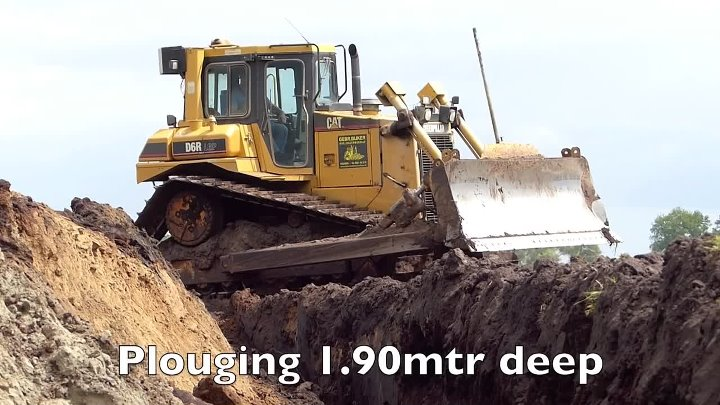World's biggest plow Deep ploughing Caterpillar D8H E D6R 650HP Bijker diepploegen