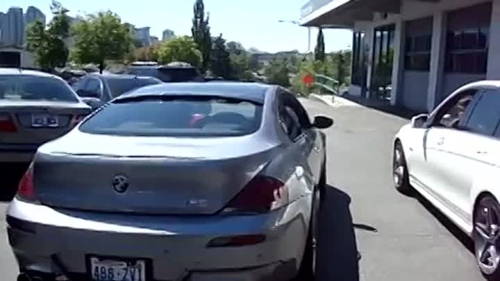 BMW E63 M6 with Tubi Exhaust vs Mercedes C63 AMG Stock Exhaust (Both with Resonator Delete).MPG