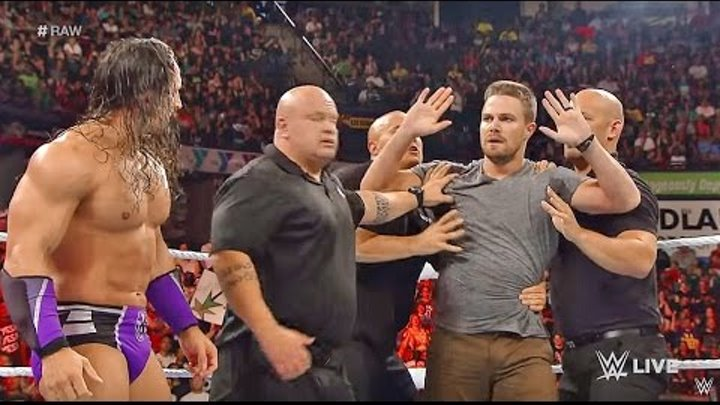 WWE Stephen Amell Attacks Stardust At Raw: Aug 10 2015