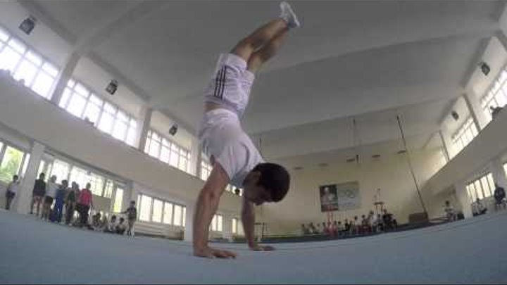 Guinness World records Most handstand push ups in one minute