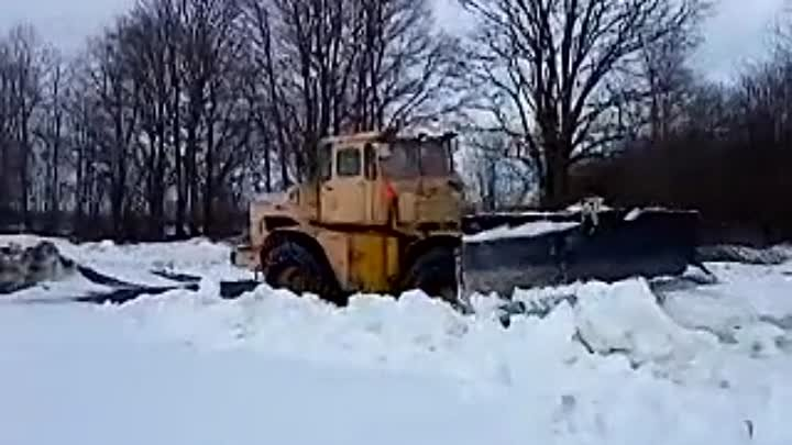 k700a kirovets in heavy snow