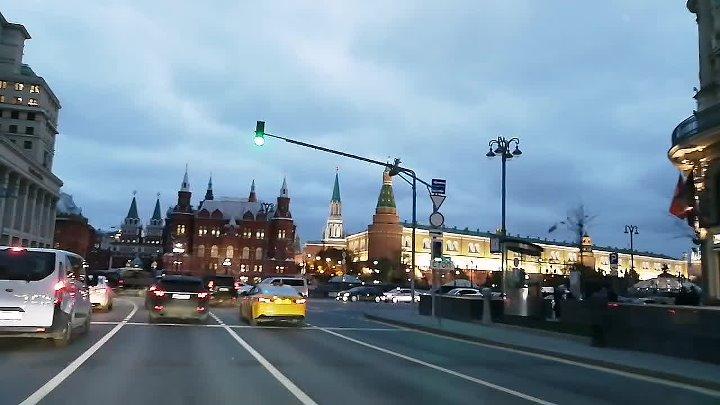 Авто экскурсия по Москве с Mitsubishi Pajero sport