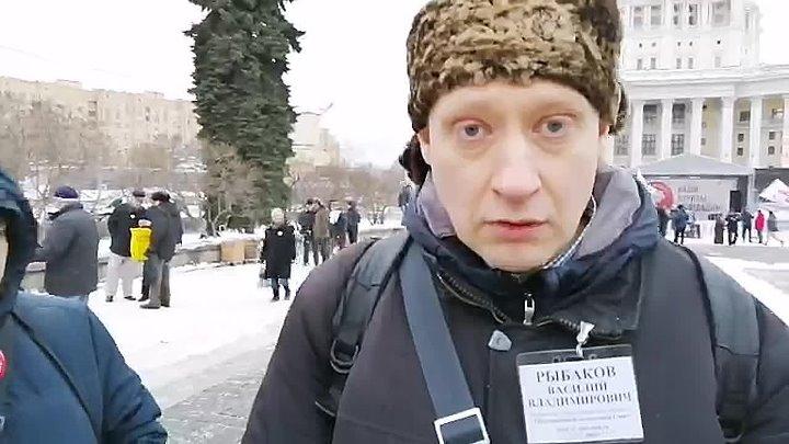 """на станции метро """"Достоевская"""""""