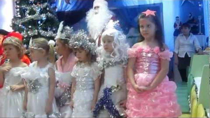 Агафонникова — заводные игрушки новогодние песни для детей.