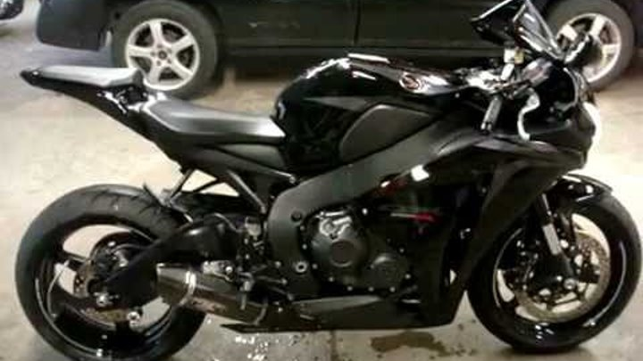 2008 CBR 1000RR with Yoshimura R77 Full system