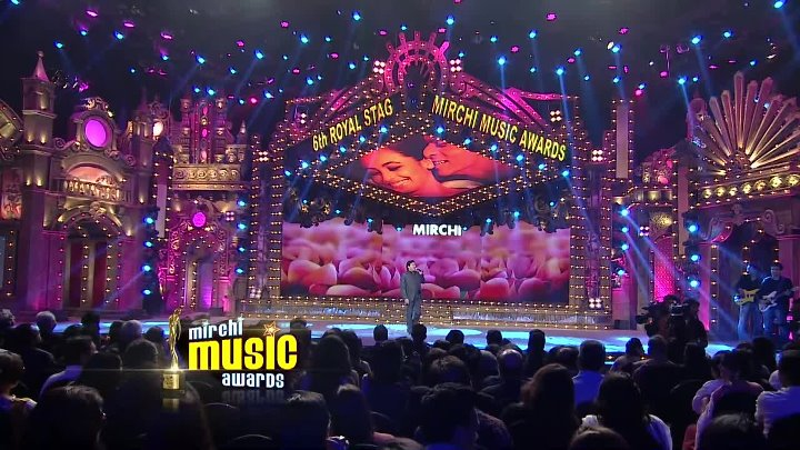 Romantic medley tribute to Shahrukh Khan by Bollywood Singers ¦ Mirchi Music Awards