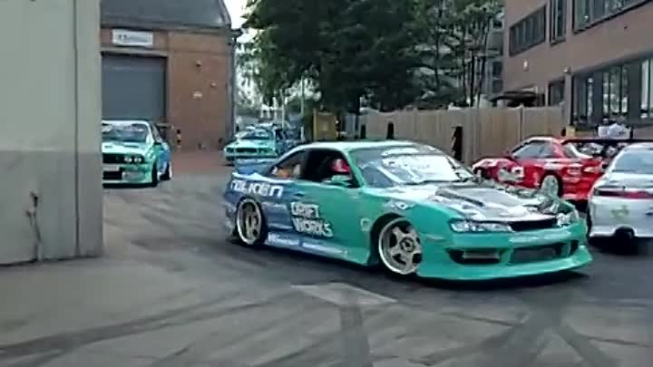 Street Drift Drifting LOOK/LISTEN TO THESE DRIFT MACHINES! Nissan Toyota Mazda BMW JDM Wembley