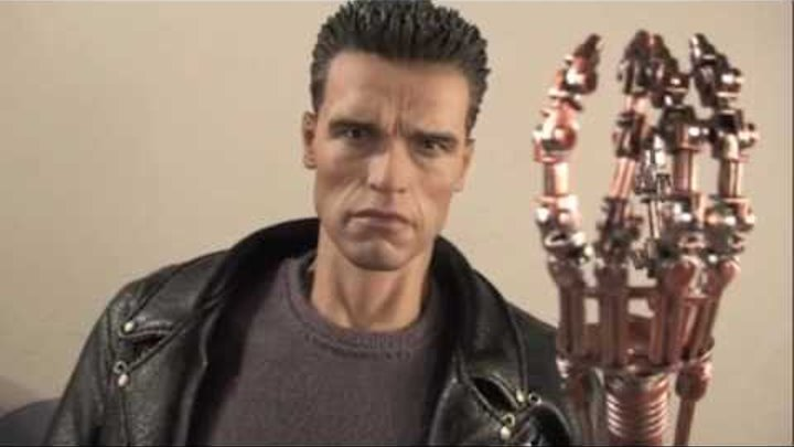 Terminator 2 Judgment Day Hot Toys T-800 Movie Masterpiece 1/6 Scale Collectible Figure Review