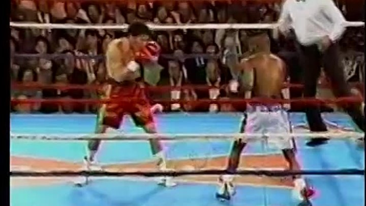 1990 - Julio Cesar Chavez Vs Meldrick Taylor 1 Fight of the year 90