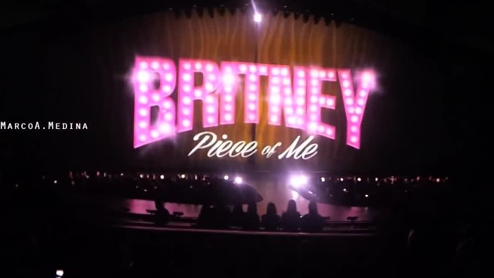 Britney Spears - WORK BITCH Live - Piece of Me - Oct⁄4⁄2014 @PlanetHollywood, Las Vegas.