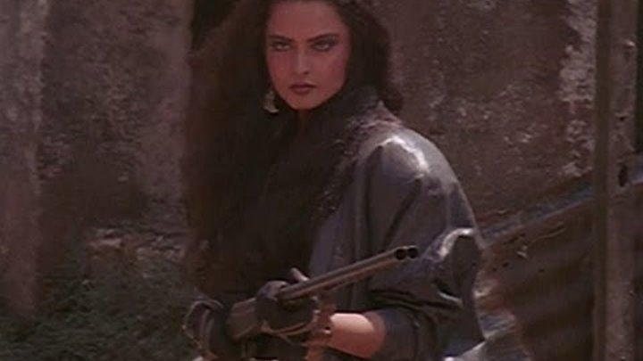 Rekha on a path of revenge - Khoon Bhari Maang