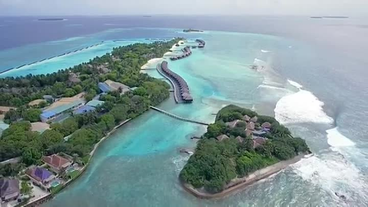 Sheraton Maldives Full Moon and Spa Resort Overview