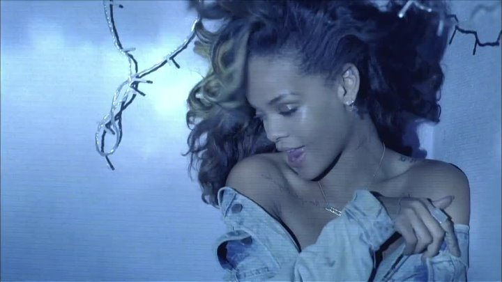Rihanna ft. Calvin Harris - We Found Love